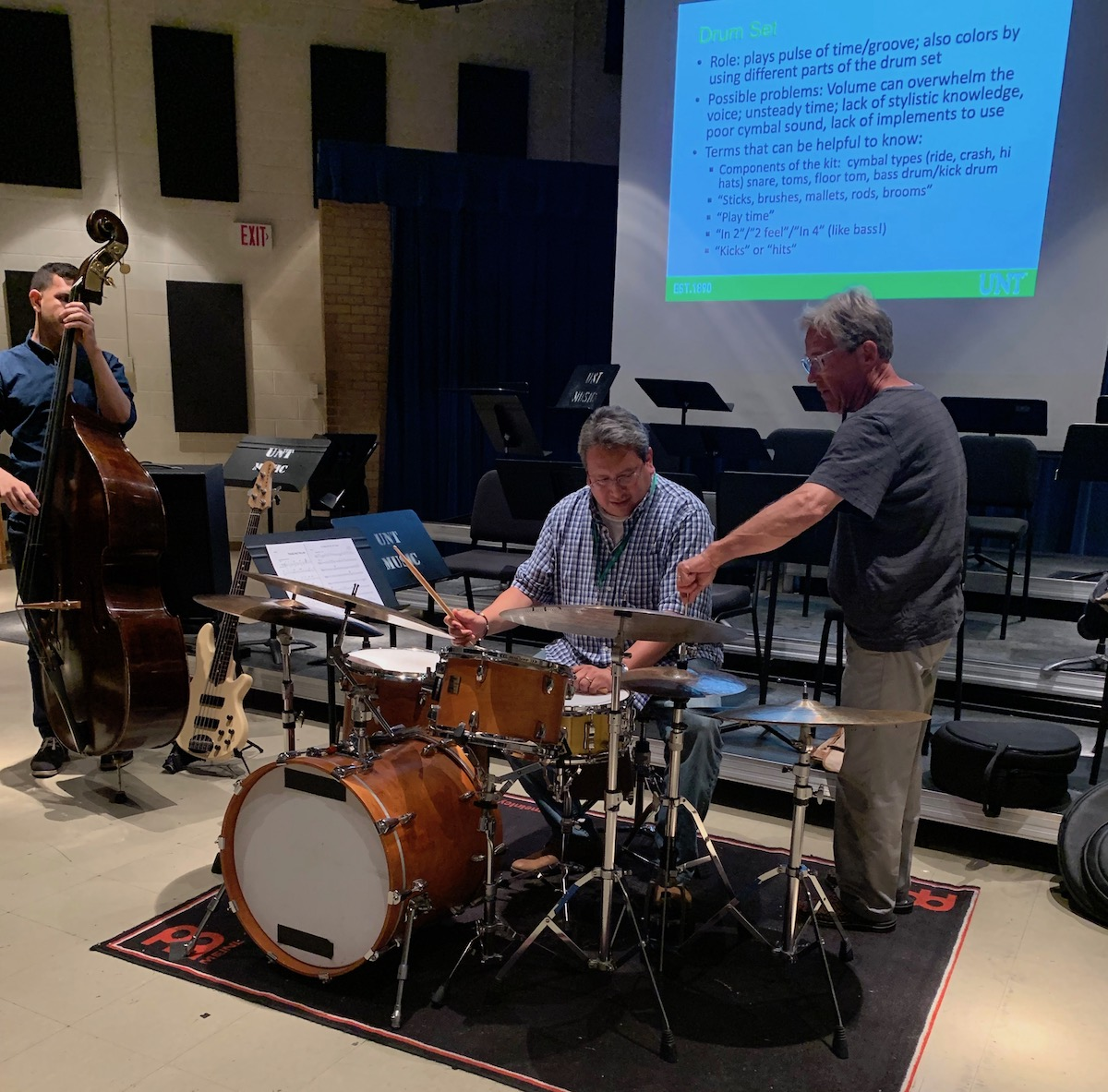 Learning to play jazz drums with a rhythm section!